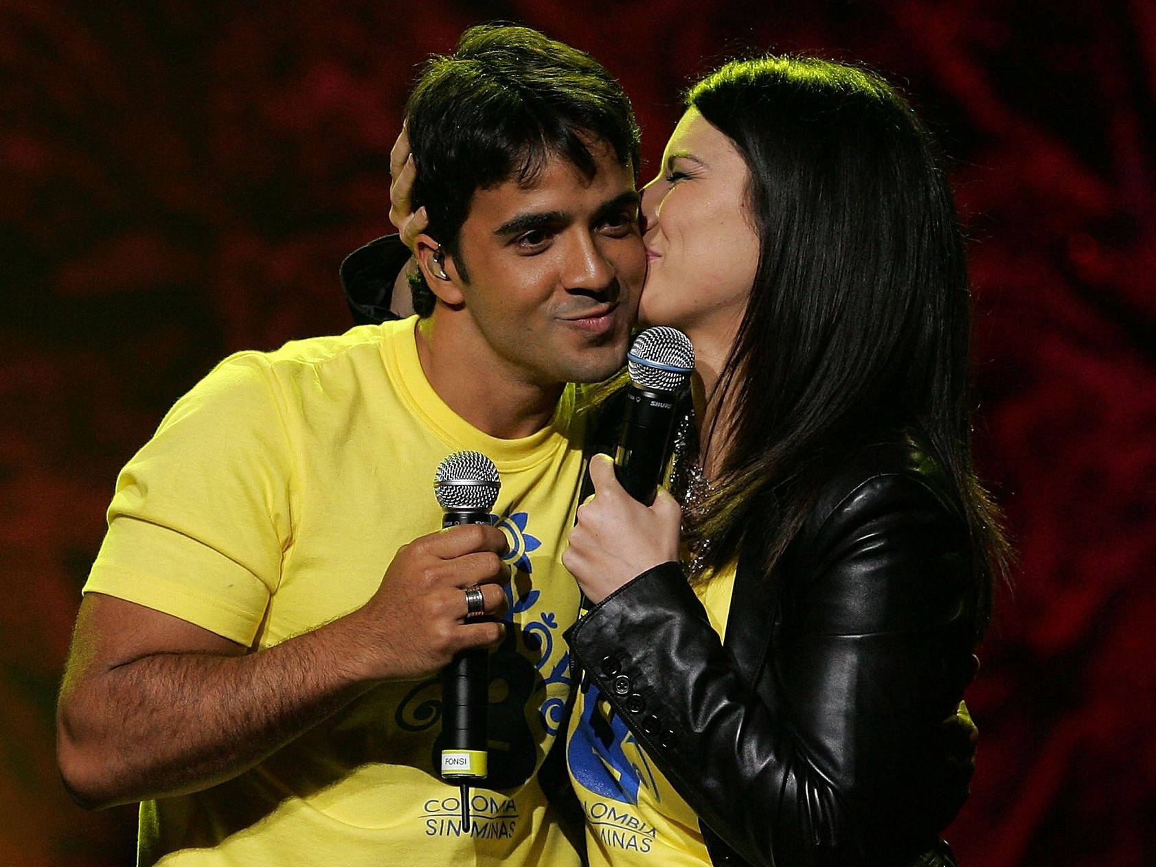 Luis Fonsi and Laura Pausini